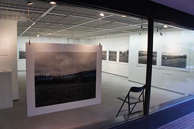 「ある牛の旅 Hiro TOBE写真展」開催中です!_f0171840_16013695.jpg