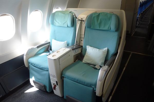 大韓航空 国内線 ビジネスクラス KE1256 済州KALラウンジ 済州・ソウルの旅 2018年3月  대한항공 국내선 비즈니스 글래스 A330-300 제주-김포_f0117059_23415287.jpg