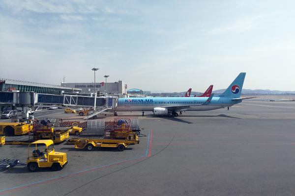 大韓航空 国内線 ビジネスクラス KE1256 済州KALラウンジ 済州・ソウルの旅 2018年3月  대한항공 국내선 비즈니스 글래스 A330-300 제주-김포_f0117059_23500995.jpg