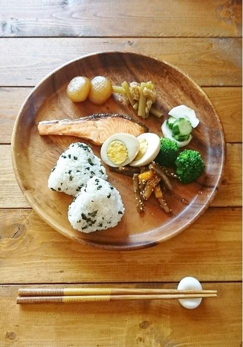 常備菜の休日ランチ&朝にはちょっと向かないのですが。。。_e0274872_08160295.jpg
