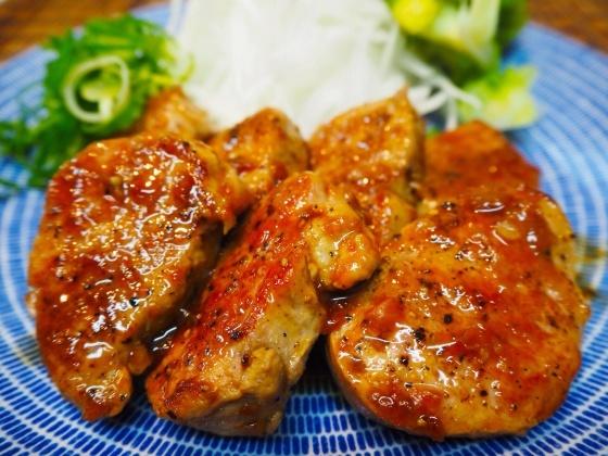 豚ひれ肉の梅にんにくポン酢_a0258686_22435353.jpg