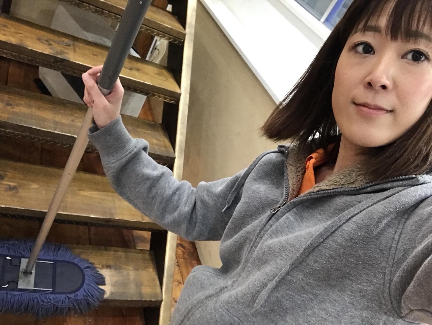 4月12日(木)トミーベース カスタムブログ☆パナメーラ、オーディオカスタム中☆ビックモニターの取り付けはお任せ下さい☆ _b0127002_11000945.jpg