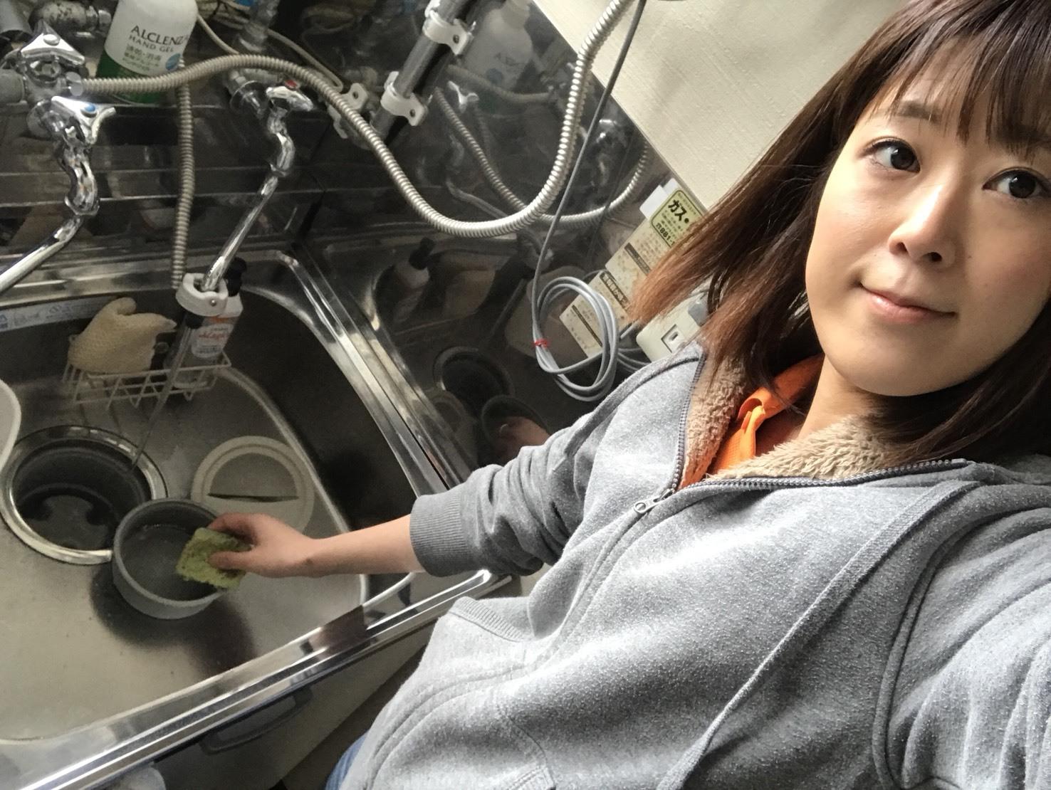 4月12日(木)トミーベース カスタムブログ☆パナメーラ、オーディオカスタム中☆ビックモニターの取り付けはお任せ下さい☆ _b0127002_11001041.jpg