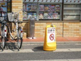 タバコラム97.禁煙の日にひとこと(79)~コンビニ前の喫煙所が撤去されていました!~_d0128520_17571562.jpg