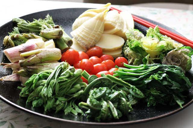 山菜と宮崎牛の鉄板焼き_d0377645_23324341.jpg