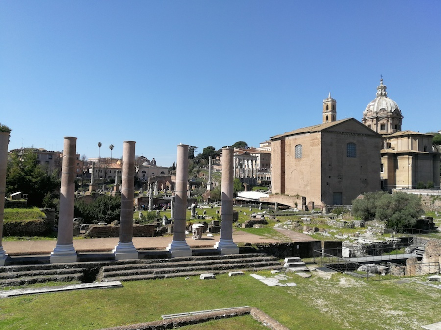 家族でローマの休日_f0106597_05474346.jpg