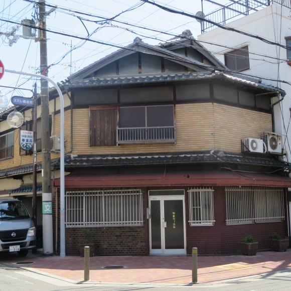 スミレ商店街 (大阪市城東区)_c0001670_19382266.jpg