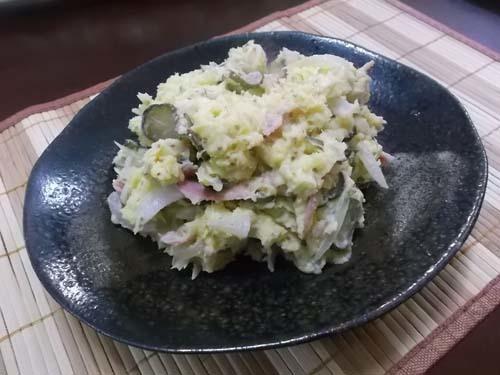 さつまいもの粒マスタード入りサラダ&小松菜と油揚げの炒め_f0019498_20253535.jpg