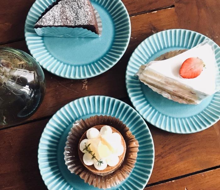 Holidaysスタジオ近くのケーキ屋さん「After-hours」_c0351247_17282116.jpg