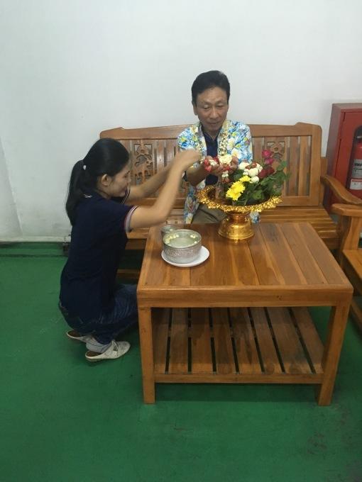 タイでお留守番_b0100062_10283456.jpg