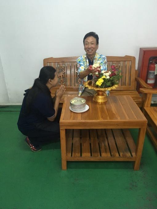 タイでお留守番_b0100062_10292556.jpg
