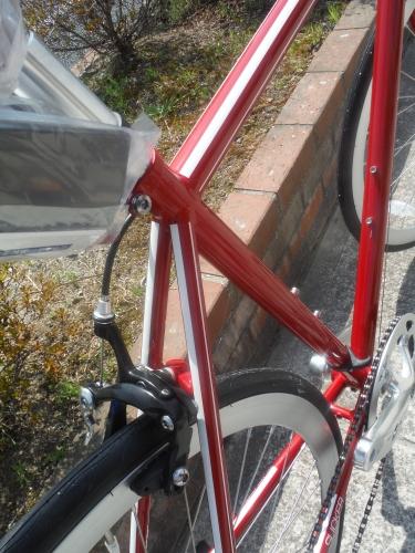 お手頃な街乗りクロスバイク『シュウィン スリッカー』_b0332867_11374792.jpg