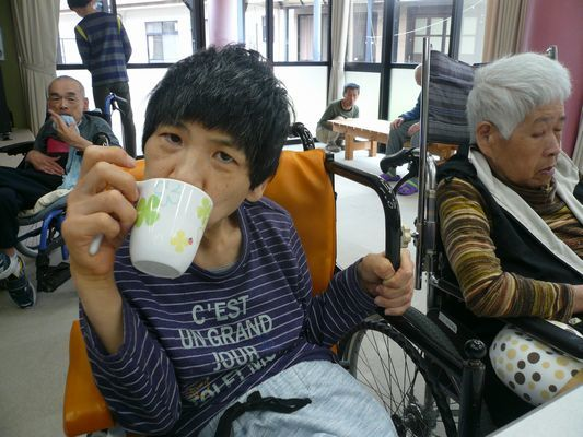 4/15 喫茶_a0154110_10073976.jpg