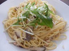 本日パスタ:鶏挽肉とキノコの豆乳・スパゲティ_a0116684_12575443.jpg