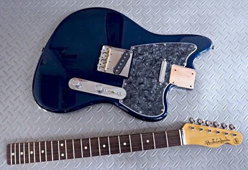 Guitar × 2種とBass × 2種の塗装が完了しました!_e0053731_16444481.jpg