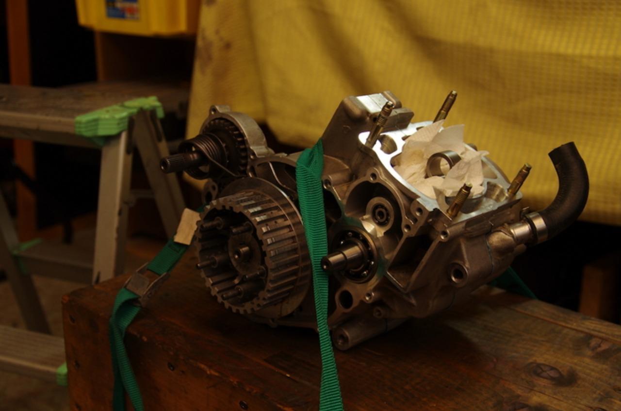 【tm125EN】エンジン組立(その7)ミッション_e0159646_32202.jpg