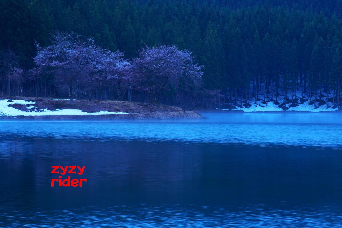 a0329801_17001701.jpg