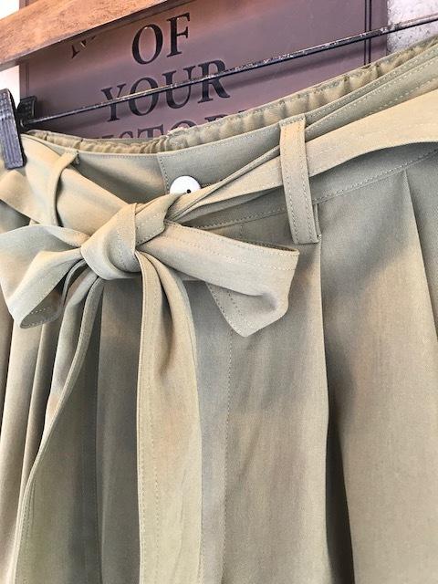 GRANDMA MAMA DAUGHTER  toro polyester nosleevetops&ribbon 2tacwidepants_a0222424_20585977.jpg