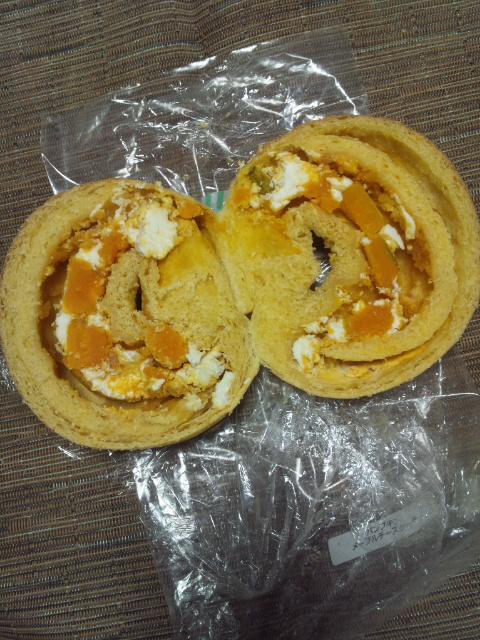 ハルベーグル パンプキンメープルチーズケーキ_f0076001_23253610.jpg