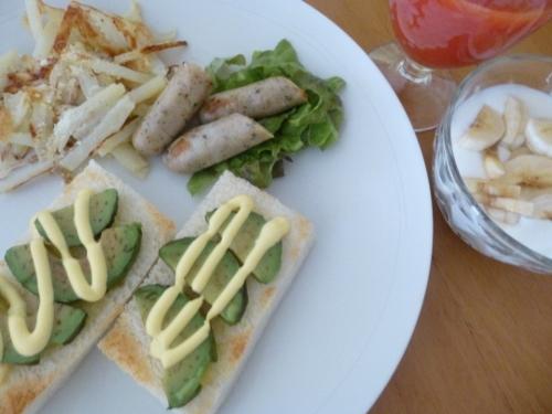 オープントーストの朝食_b0198109_21173663.jpg
