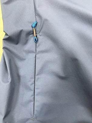 軽量な防風ジャケット「MJAW97X ONE PIECE HOODY JACKET]_a0353466_17125139.jpg