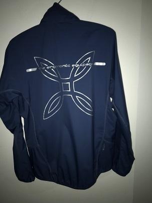 軽量な防風ジャケット「MJAW97X ONE PIECE HOODY JACKET]_a0353466_17131105.jpg