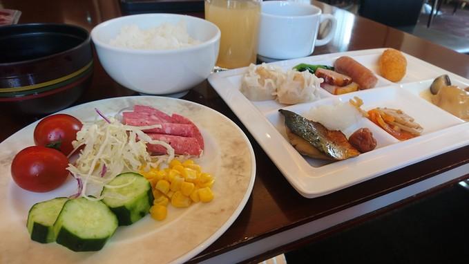 ホテルエミシア札幌の朝食バイキング_b0106766_19224468.jpg
