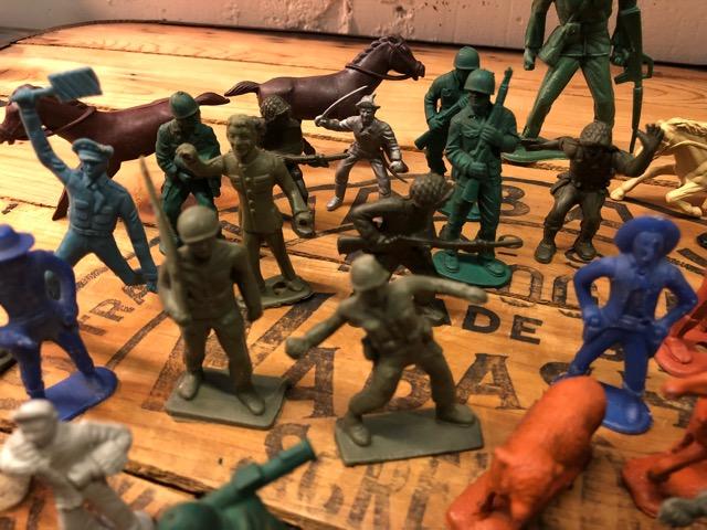 4月25日(水)大阪店アクセサリー&ヴィンテージ入荷!!#1 U.S.Military編Part1!MilitaryGlobe&Accessory!!_c0078587_20272750.jpg