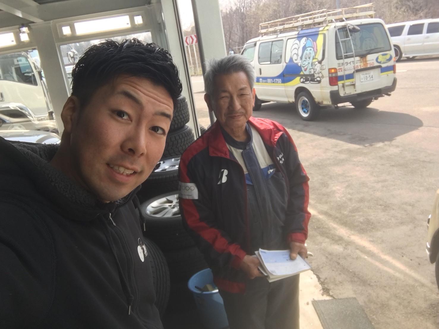 4月23日(月)トミーベース カスタムブログ☆S様キャンバス O様フォレスタ納車☆_b0127002_12233172.jpg