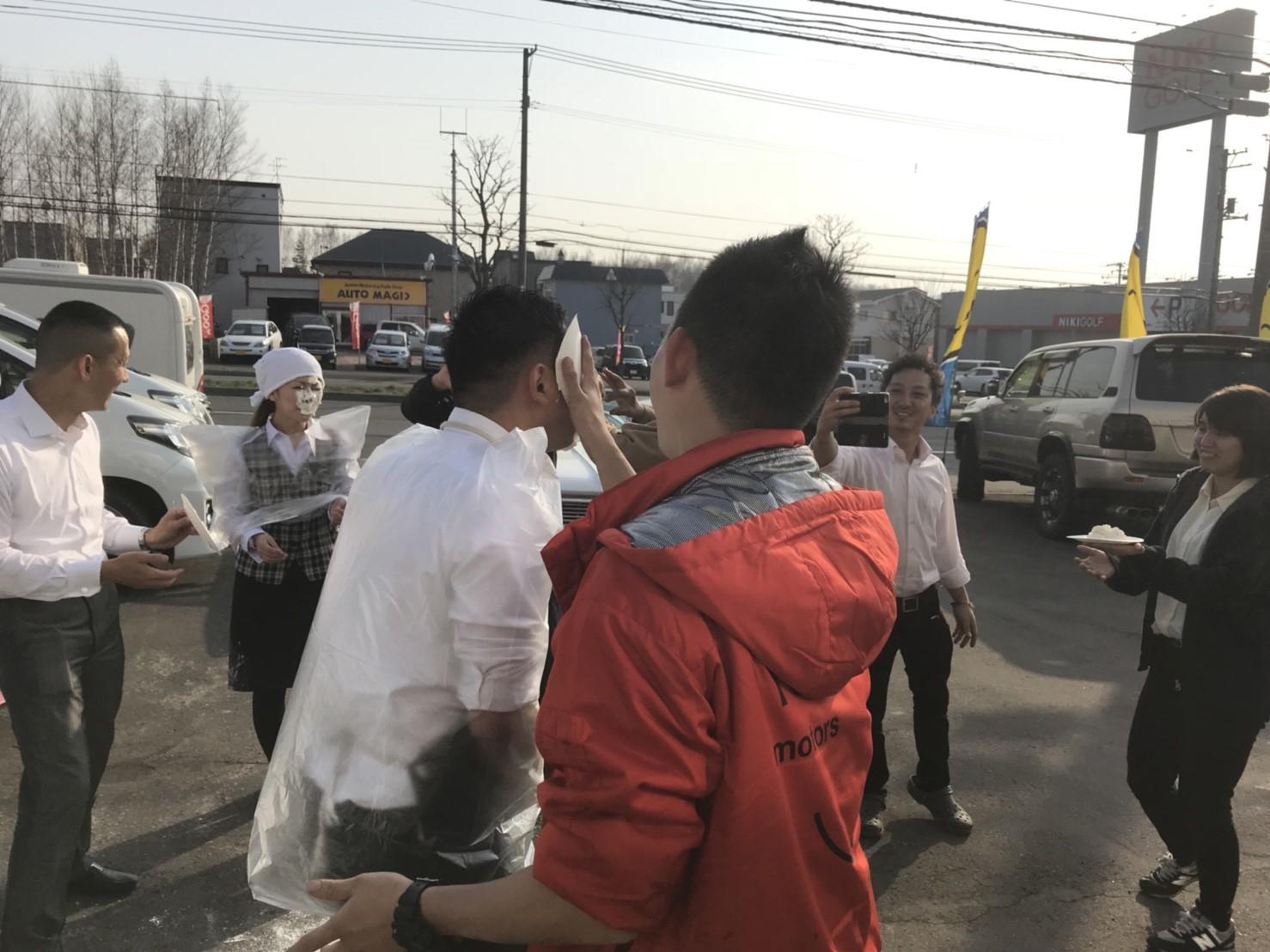 4月23日(月)トミーベース カスタムブログ☆S様キャンバス O様フォレスタ納車☆_b0127002_13053273.jpg