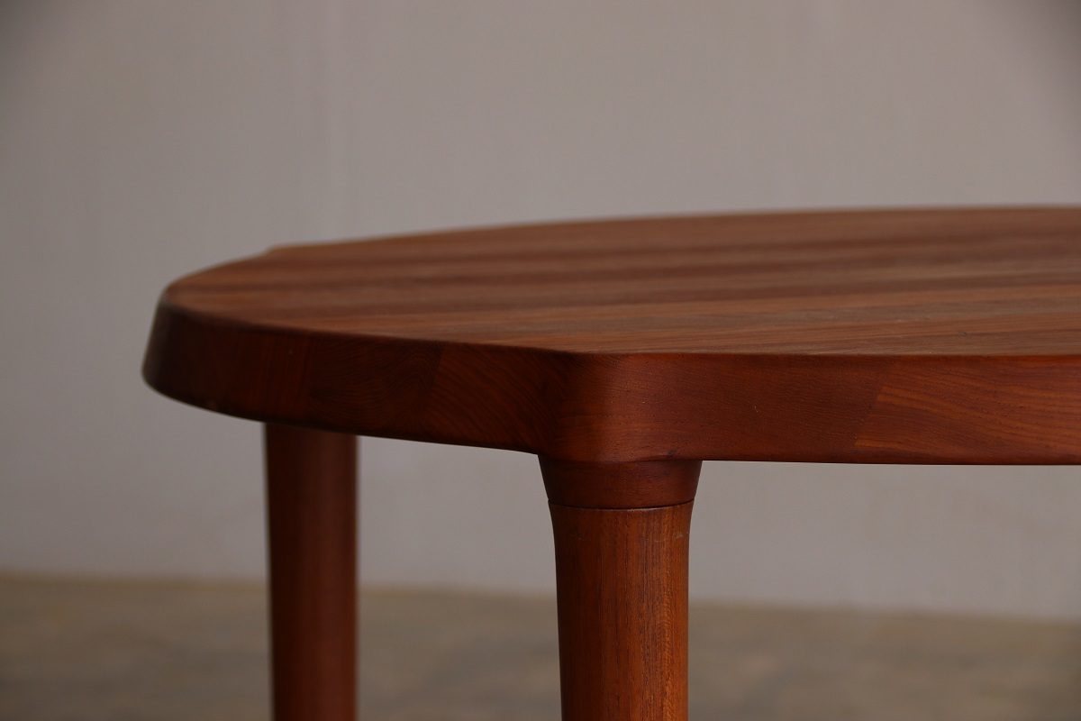 『Round Solid Coffee Table』_c0211307_22215248.jpg