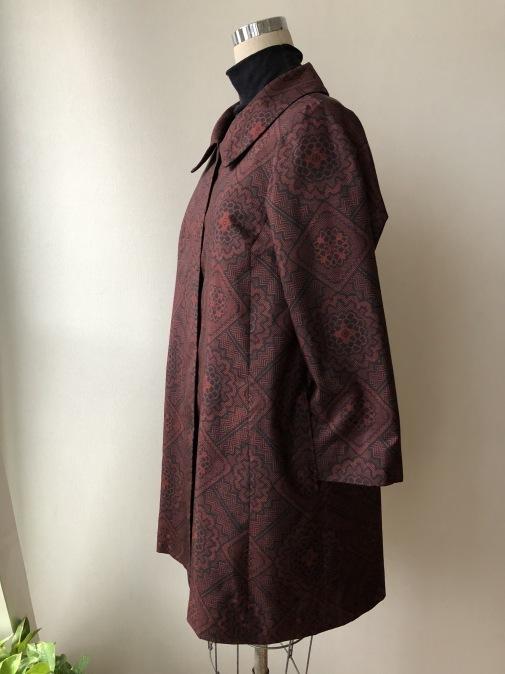 着物リメイク・着物から丸襟、比翼コート_d0127925_10272864.jpg