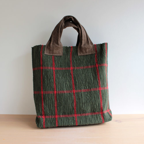 薄井ゆかりさんの定番のバッグ。_a0026127_15130208.jpg