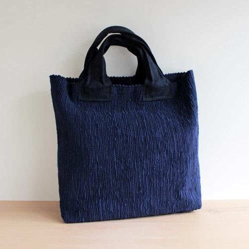 薄井ゆかりさんの定番のバッグ。_a0026127_15240956.jpg