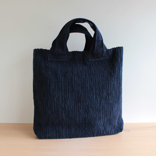 薄井ゆかりさんの定番のバッグ。_a0026127_15241761.jpg