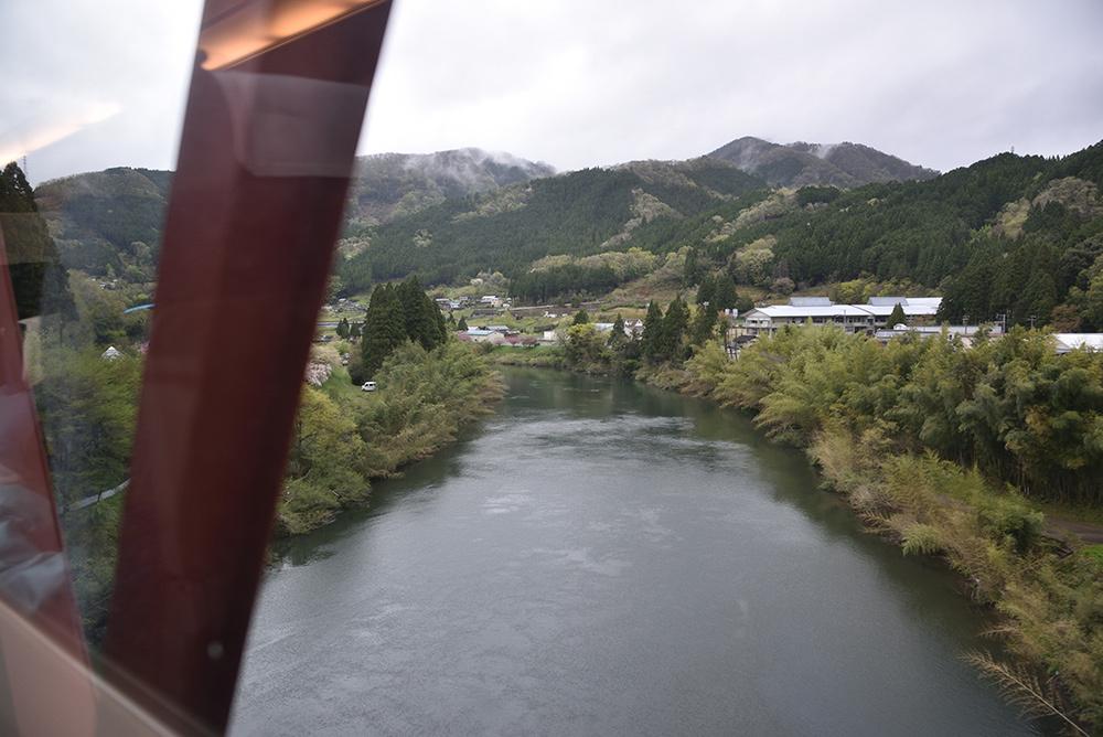 鉄道ブラ旅 綾部経由で敦賀へ_e0164563_13455106.jpg