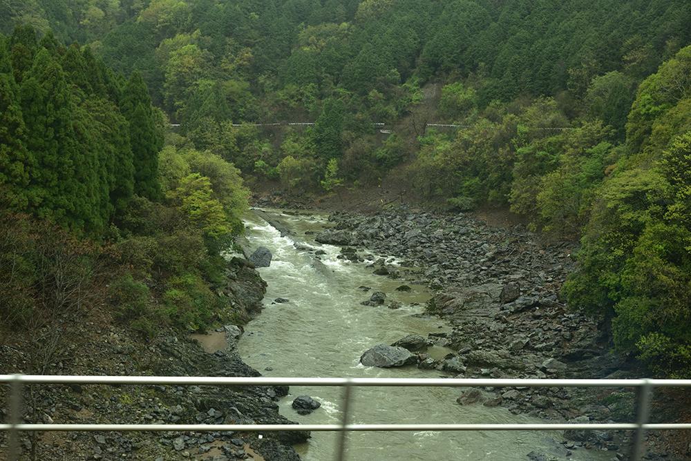 鉄道ブラ旅 綾部経由で敦賀へ_e0164563_13455192.jpg