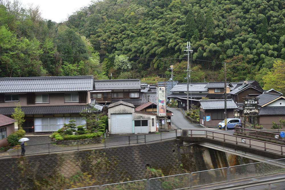 鉄道ブラ旅 綾部経由で敦賀へ_e0164563_13455246.jpg