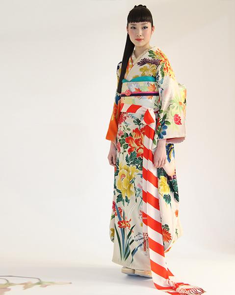絵画のような極上の花嫁衣裳に魅せられて_b0098077_18560132.jpg