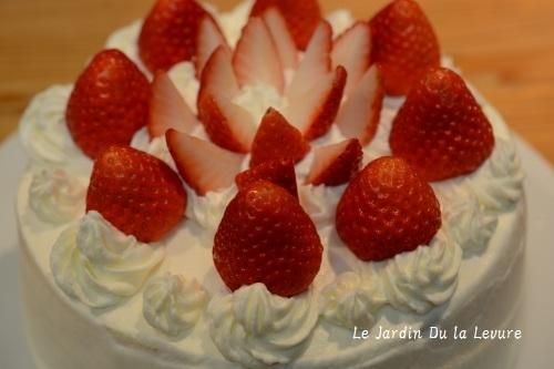 苺のショートケーキ_f0329586_00033749.jpg