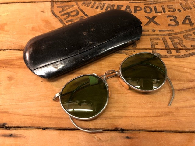 4月25日(水)大阪店アクセサリー&ヴィンテージ入荷!!#3 Vintage Glasses編!AmericanOptical&Baush&Lomb!!_c0078587_012885.jpg