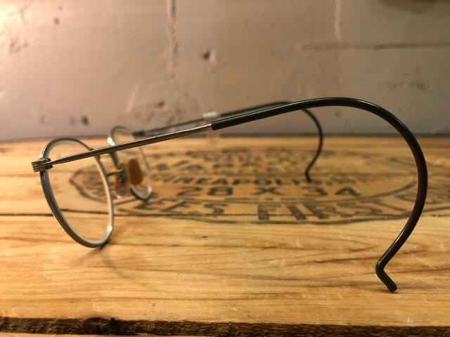 4月25日(水)大阪店アクセサリー&ヴィンテージ入荷!!#3 Vintage Glasses編!AmericanOptical&Baush&Lomb!!_c0078587_0142.jpg