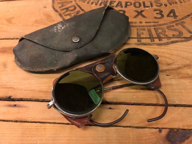 4月25日(水)大阪店アクセサリー&ヴィンテージ入荷!!#3 Vintage Glasses編!AmericanOptical&Baush&Lomb!!_c0078587_044267.jpg