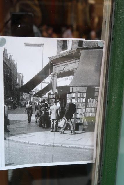 ロンドンのソーホーでタイムスリップ!!_f0380234_05390002.jpg