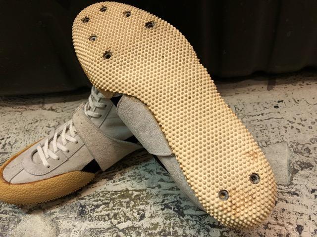 4月25日(水)大阪店アクセサリー&ヴィンテージ入荷!!#8  VintageSneaker編!adidas&PUMA!!_c0078587_353977.jpg
