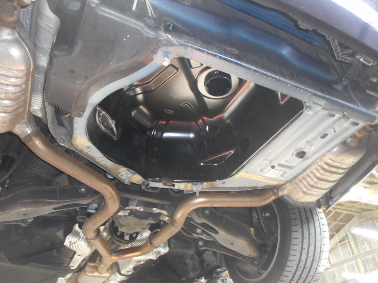 メルセデスベンツ E350ブルーテック(W212)エンジン警告灯点灯 整備(アドブルーユニット)_c0267693_17585174.jpg
