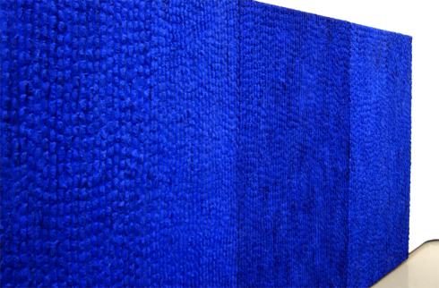 【山口敏郎展】圧巻!降り注ぐ青の雨の壁に吸い込まれる不思議_a0017350_06365482.jpg