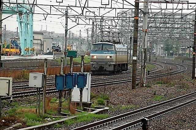 藤田八束の鉄度写真@貨物列車を激写、貨物列車金太郎、桃太郎、EF65を追っかけてカメラでキャッチ・・・嬉しい瞬間_d0181492_17230431.jpg