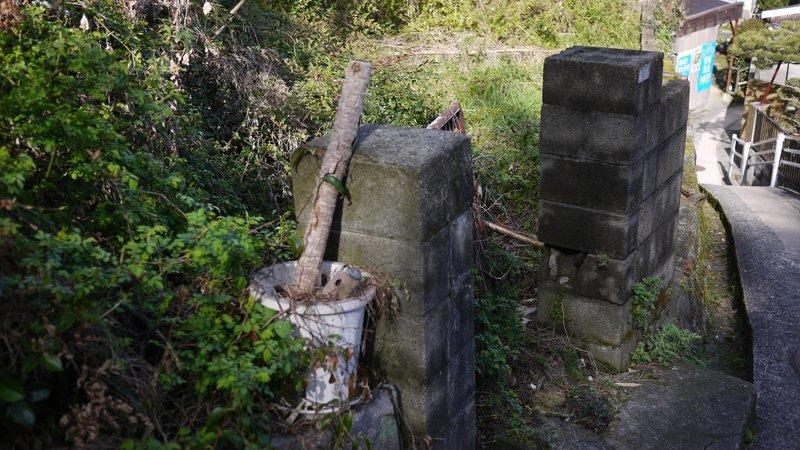 門だけが残った_b0190540_17285566.jpg