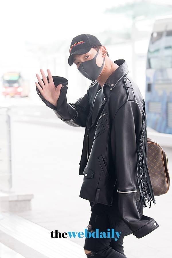 LA for The Korea Times Music Festivalへ向かうRAIN_c0047605_08134405.jpg